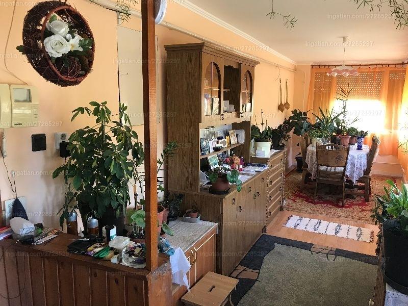 Ingatlan, eladó ház, Seregélyes, Fő utca 281., 112 m2