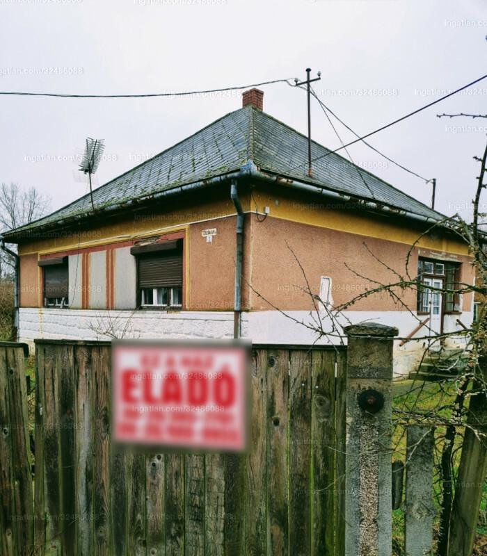 Mándok, Dózsa György utca 2.