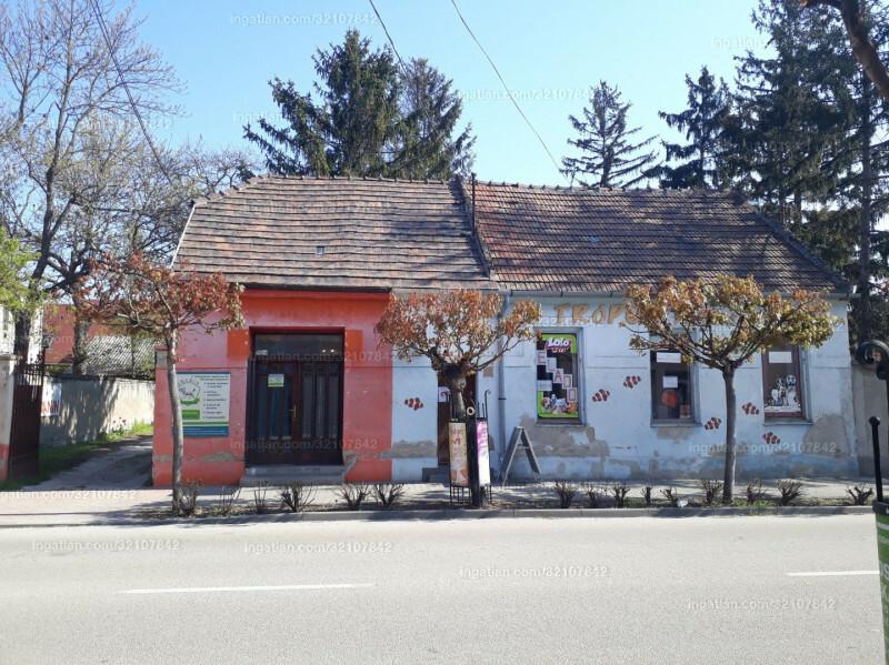Komárom, Táncsics Mihály utca 4.