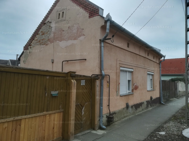 Hajdúböszörmény, Madách Imre utca 21.