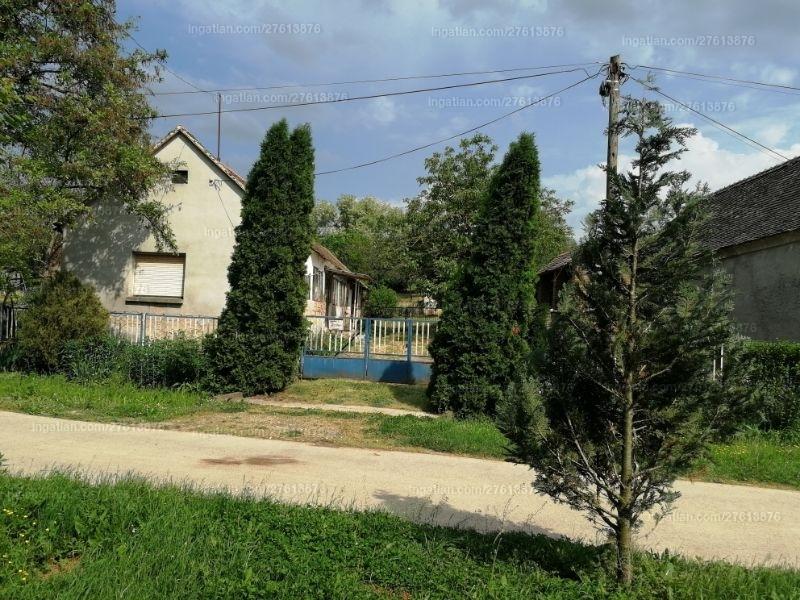 Ingatlan, eladó ház, Bosta, Kodály utca 20.